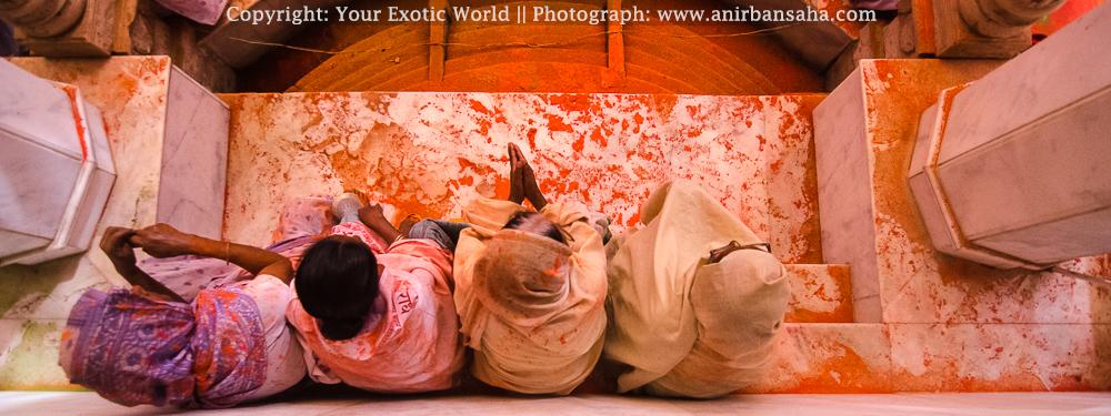Widows Holi in Vrindavan