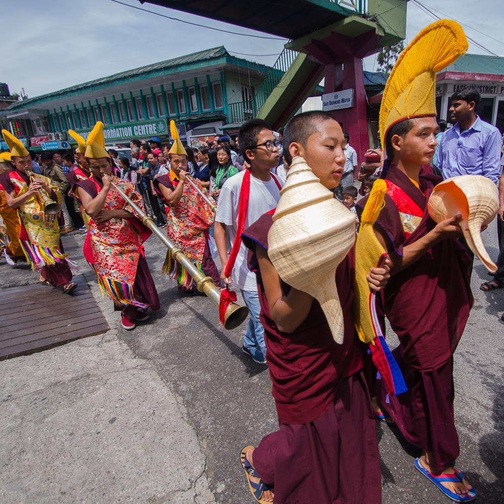 Saga Dawa, Saga Dawa procession