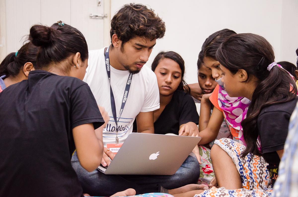 web literacy campaign kolkata, hello web, one web kolkata, mozilla clubs kolkata