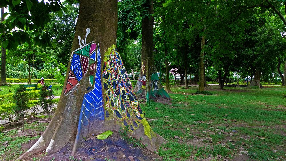 victoria memorial street art